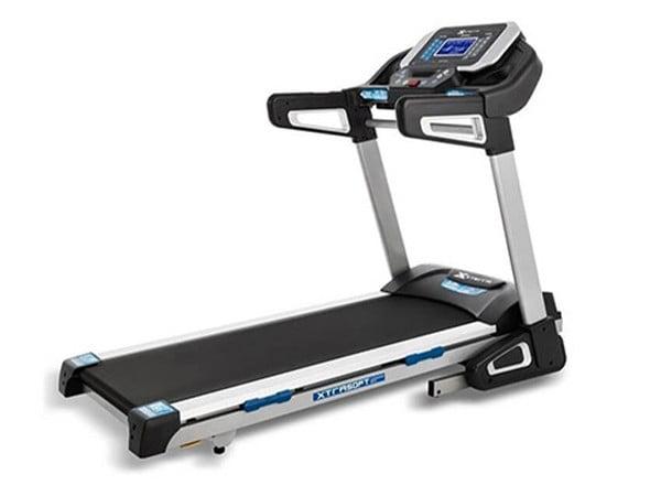 Home Use Xterra TRX4500 3.25 HP Foldable Treadmill | Max User Weight 159 kg (350 lbs)